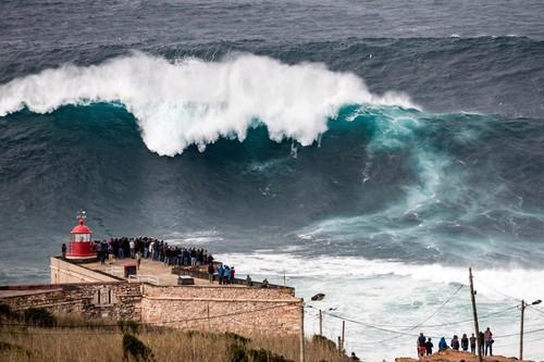 as-maiores-ondas-do-mundo.jpg