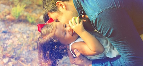 parents-and-children-1794951_960_720.jpg