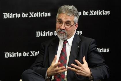 João César das Neves