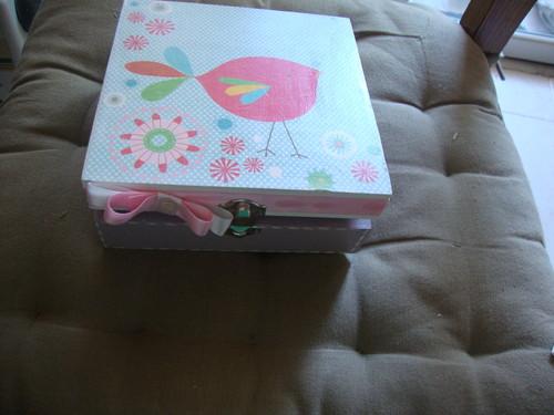caixa  para por tralhas
