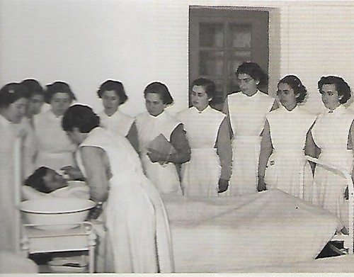 Escola de Enfermagem.jpg