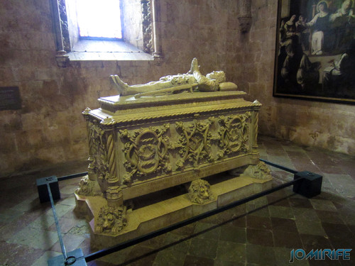 Lisboa - Igreja Mosteiro dos Jerónimos (2) Restos mortais [en] Lisbon - Jeronimos Monastery Church - Mortal remains