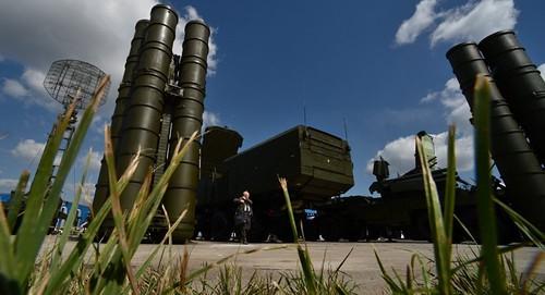 Rússia mísseis S-300 na Síria.jpg