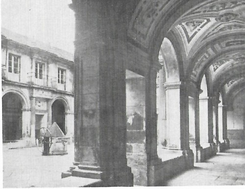 Colégio de S. Agostinho claustro.jpg