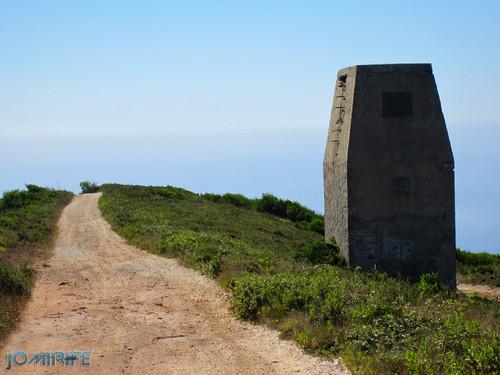 Couto Mineiro do Cabo Mondego: Mina de Carvão da Serra da Boa Viagem na Figueira da Foz - Caminho (2) [en] Coal Mine in Boa Viagem Mountain, Figueira da Foz, Portugal - Pathway