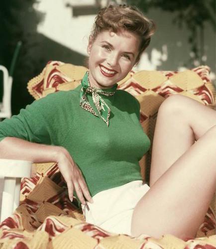 Debbie Reynolds.jpg