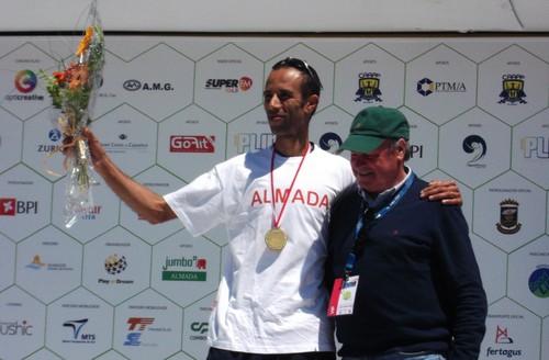 Nelson Cruz Vencedor da 1ª meia maratona de Almada,século XXI.Foto:JoaquimfCandeias
