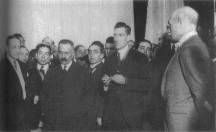 Salazar discursando na tomada de posse na sala do Conselho de Estado, 27/IV/1928 (