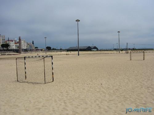 Campos de praia da Figueira da Foz / Buarcos #3 - Futebol na areia com balizas pequenas (1) [en] Game fields on the beach of Figueira da Foz / Buarcos - Football in the sand with small goals