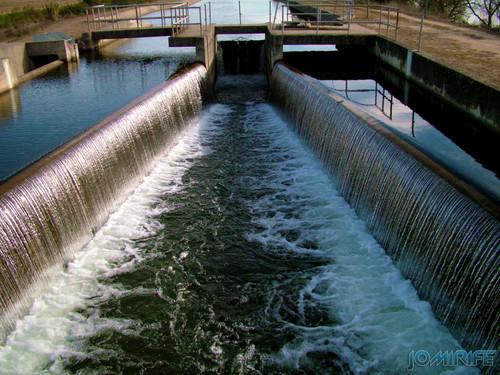 Comportas do canal de água em Montemor-o-Velho (2) [en] Floodgates of the water channel in Montemor-o-Velho