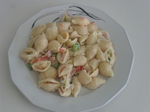 Salada Fria de Massa com Bacon e Delícias do Mar
