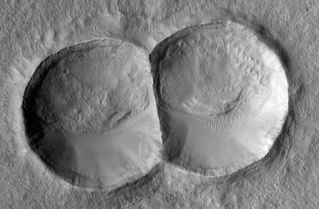 weirdest-mars-craters-11-130507.jpg