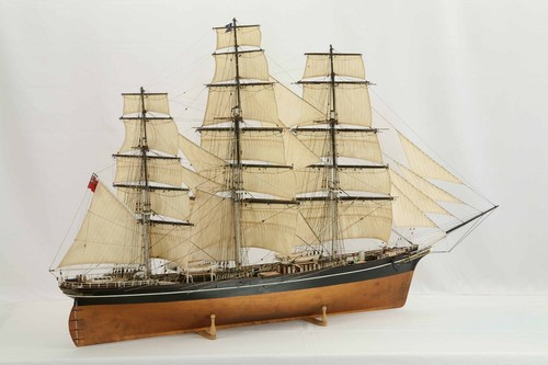 2 cutty sark model f.jpg