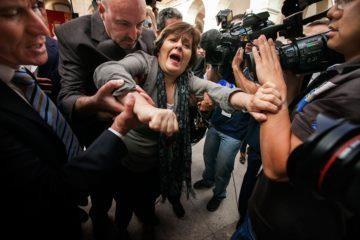 5 de outubro 2012 protesto do povo - nelson camacho