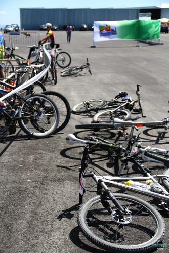 BTT XCM 2012 Montemor (291) Bicicletas a descansar