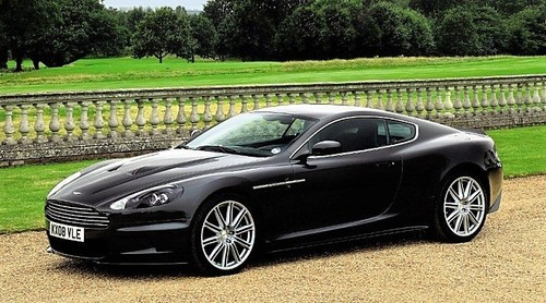 Aston_Martin_DBS_James_Bond_02pop.jpg
