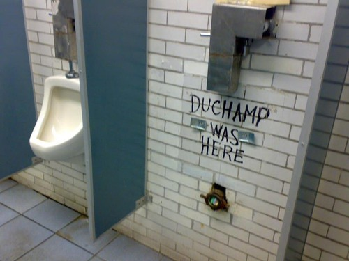 urinol-duchamp[1].jpg