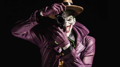 DCDesigner_Joker_Bolland_v01_r01_thumb_58952835670