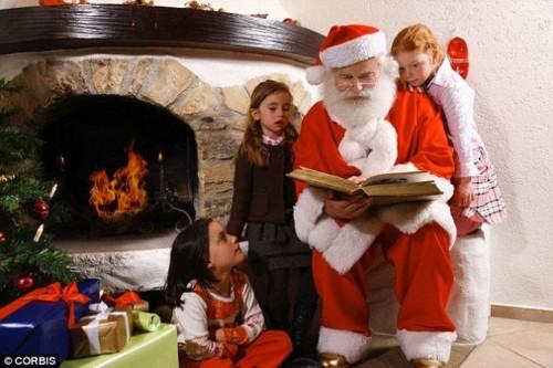1401873887394_wps_2_Santa_Claus_reading_to_ch.jpg