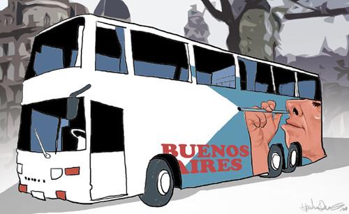 O autocarro onde Maradona bateu
