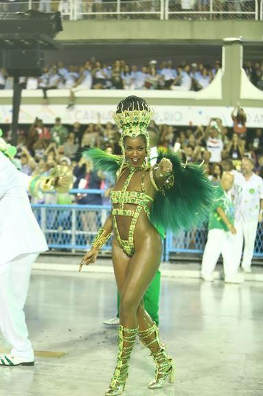 Iza (Carnaval Rio 2020).jpg
