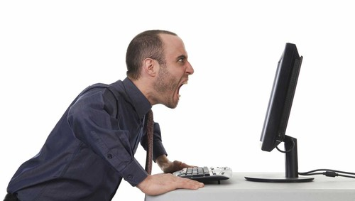 Man-shouting-at-computer.jpg