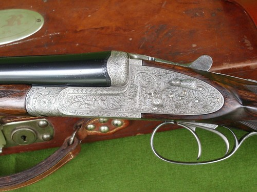 Capa E Schilling Imperial top.     JAVALINA     Mo