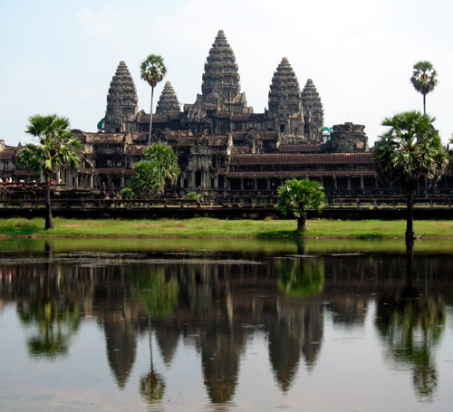 Angkor Wat http://blingreality.blogs.sapo.ao