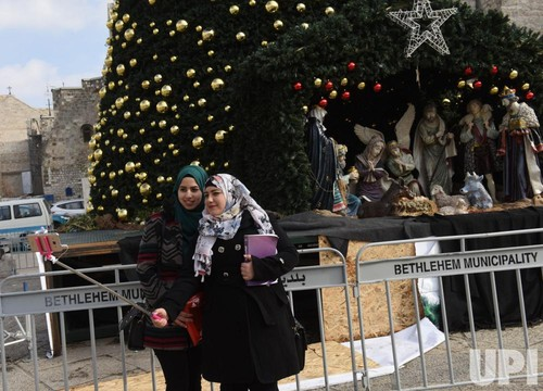 Christmas-in-the-biblical-town-of-Bethlehem_4_1.jp
