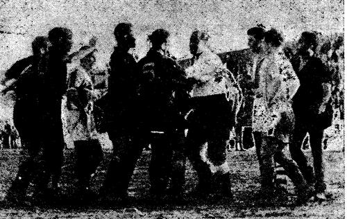 1954-55-fcb-academica-penalty conra a academica.pn