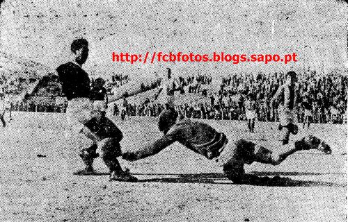 1952-53-taça benfica-fcb-artur e serrano.png