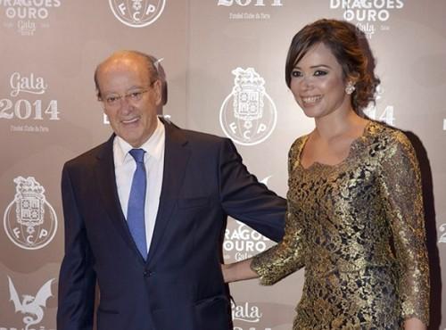 Pinto da Costa e Fernanda.jpg
