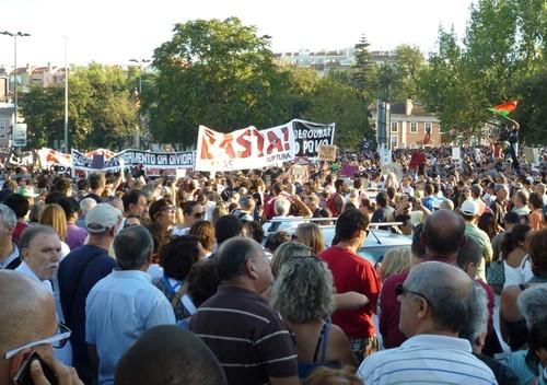 manif_cartaz_anagomes_pr_espanha_4.jpg