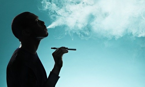 man-smoking-e-cigarette-007.jpg