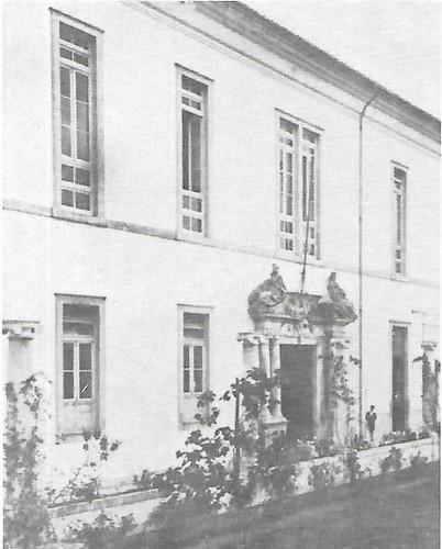 Colégio das Artes portal.jpg