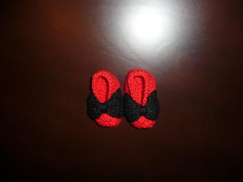 sapatinhos vermelhos e pretos.JPG