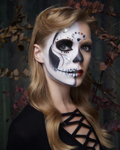 Primark Halloween Beauty Skeleton Final.jpg