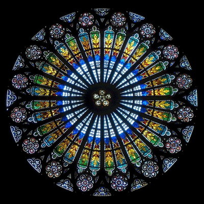 rose-window-estrasburgo-cathedral.jpg