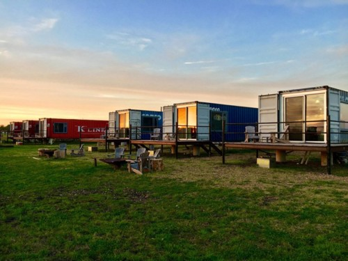 flophouze-shipping-container-house-hotel-5.jpg