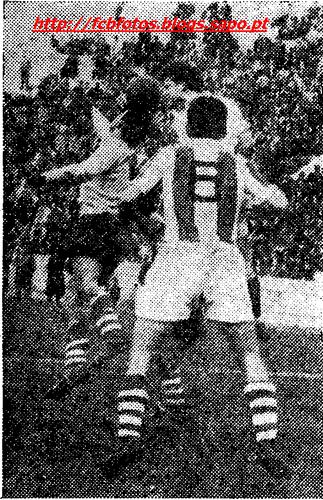 1955-56-braga-fcb-isidoro defende.png