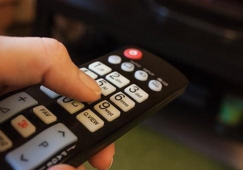 tv controlo.jpg
