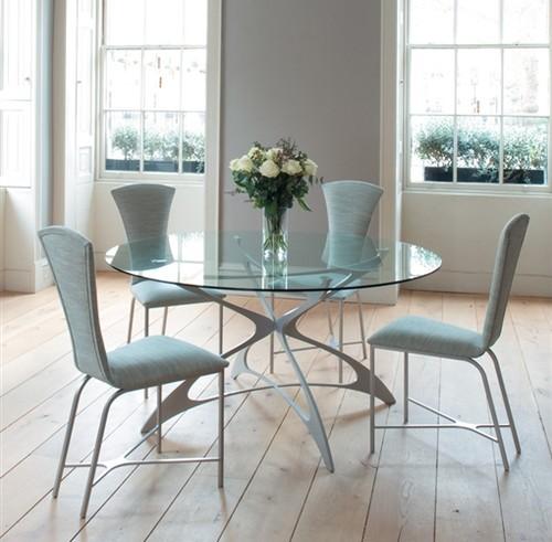 Mesa de vidro com pé em branco