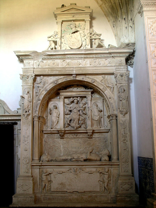 Mosteiro de S. Marcos. Túmulo de João da Silva.J