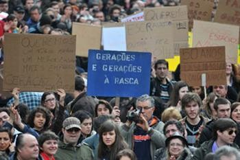 O protesto do passado mês de Março juntou cerca de 300 mil pessoas nas ruas de todo o país (Foto: Paulo Pimenta/arquivo)