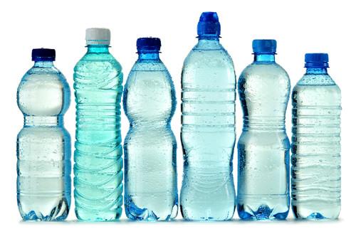 garrafas-plásticas.jpg