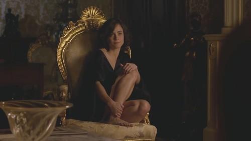 Alice Braga 21.jpg