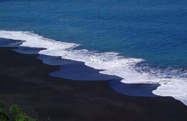praia-fonte-bila-sao-filipe-fogo.jpg