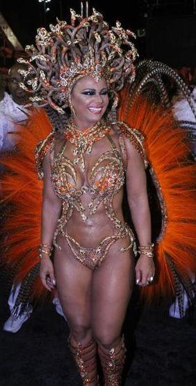 Viviane Araújo 2 (Carnaval Rio 2017).jpg