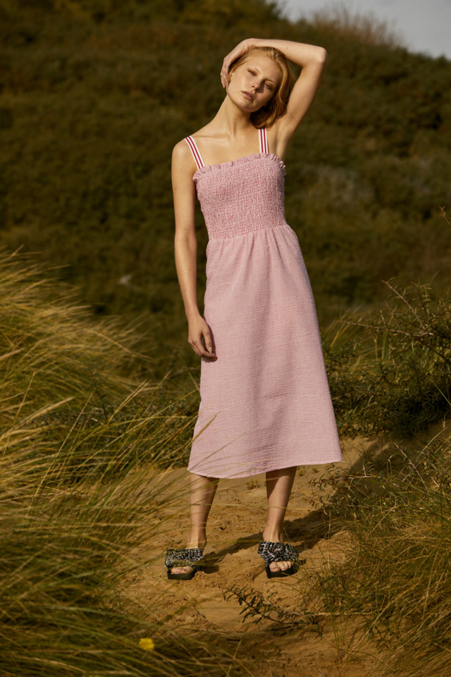 Dress E16, Shoes E8.jpg