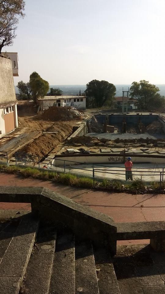 piscina adérito cheles.jpg